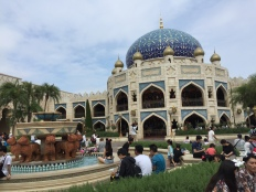 One of my favorite places in the entire park was the Arabian Coast!